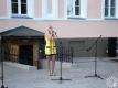 Выступает учащаяся УО «Полоцкий профессионально-технический колледж» на Литературно-музыкальный вечере «Мелодыі, апаленыя вайной» в рамках «Ночи музеев» в Национальном Полоцком историко-культурном музее-заповеднике